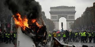 Resultado de imagen para macron protestas en francia